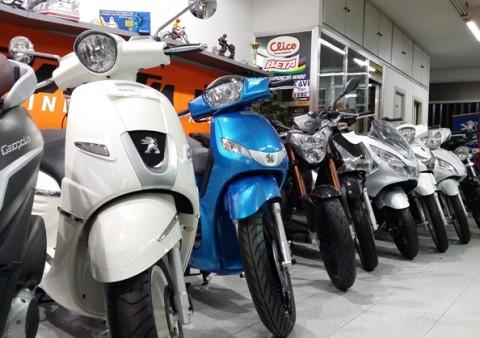 Motos portus botiga 6