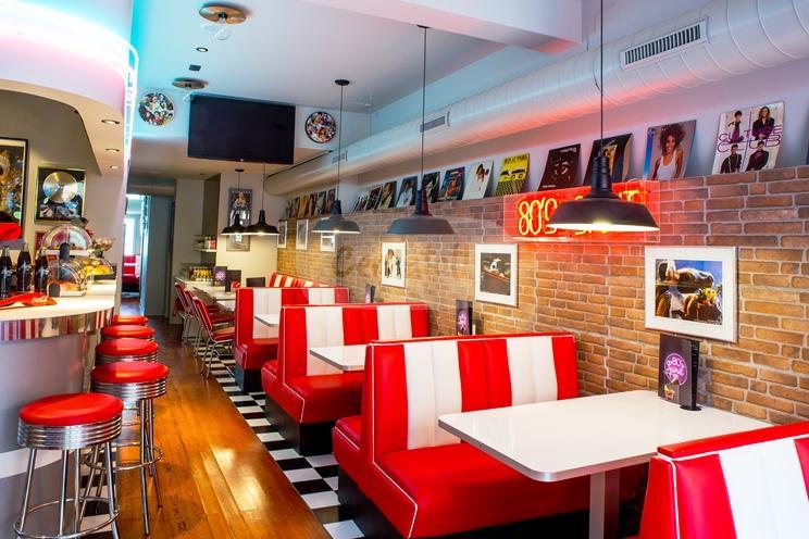 Restaurant 80's spirit | Cercatot