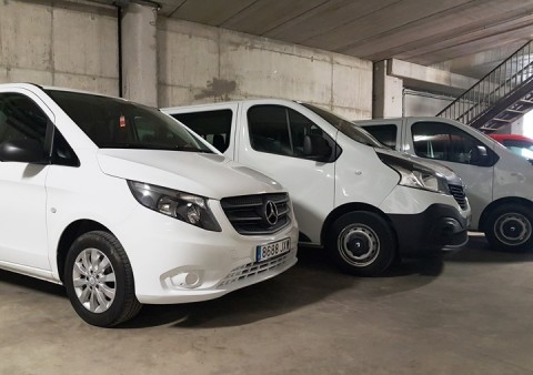 alr-lloger-vic-olot-manresa- vehicles-cotxes-furgonetes-www.cercatot.com-2