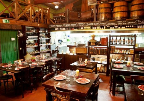 Restaurant -Osona- pla de l'os-www.cercatot.com -2
