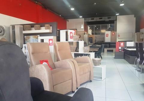 mes -moble -vic -armaris-cadires-sofa-llit-taula- www.cercatot.com - 15
