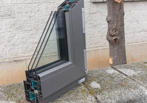 tancaments canals -osona- alumini-finestres-www.cercatot.com - 1
